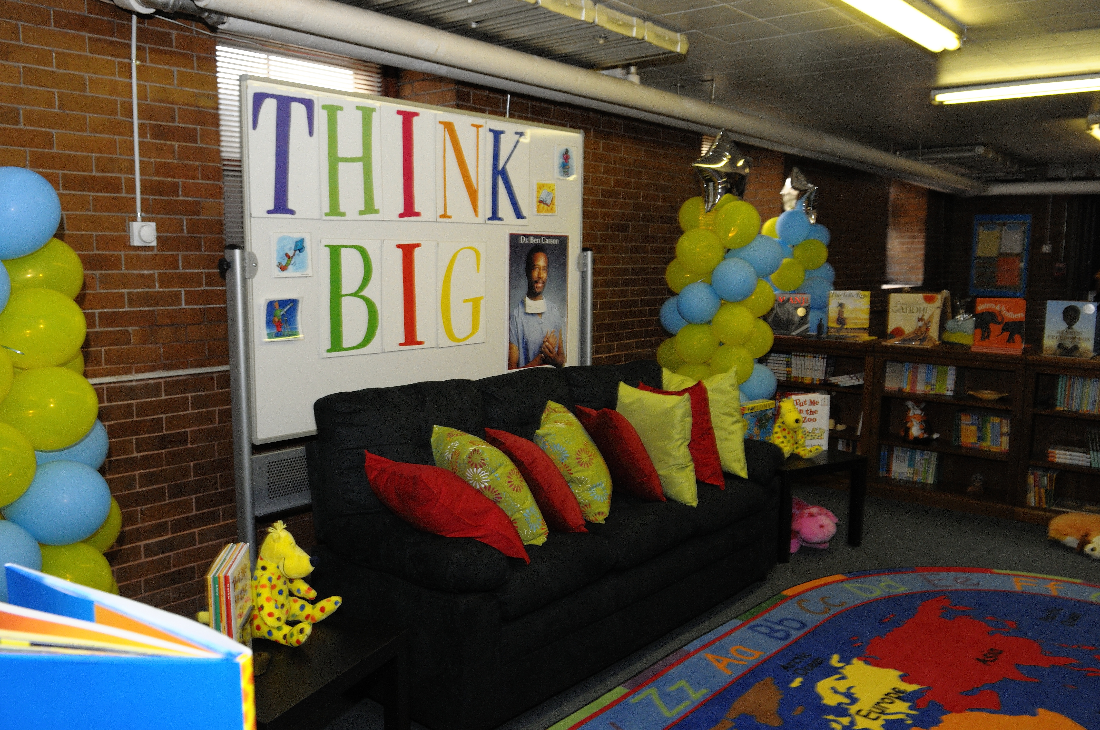 THINK BIG couch