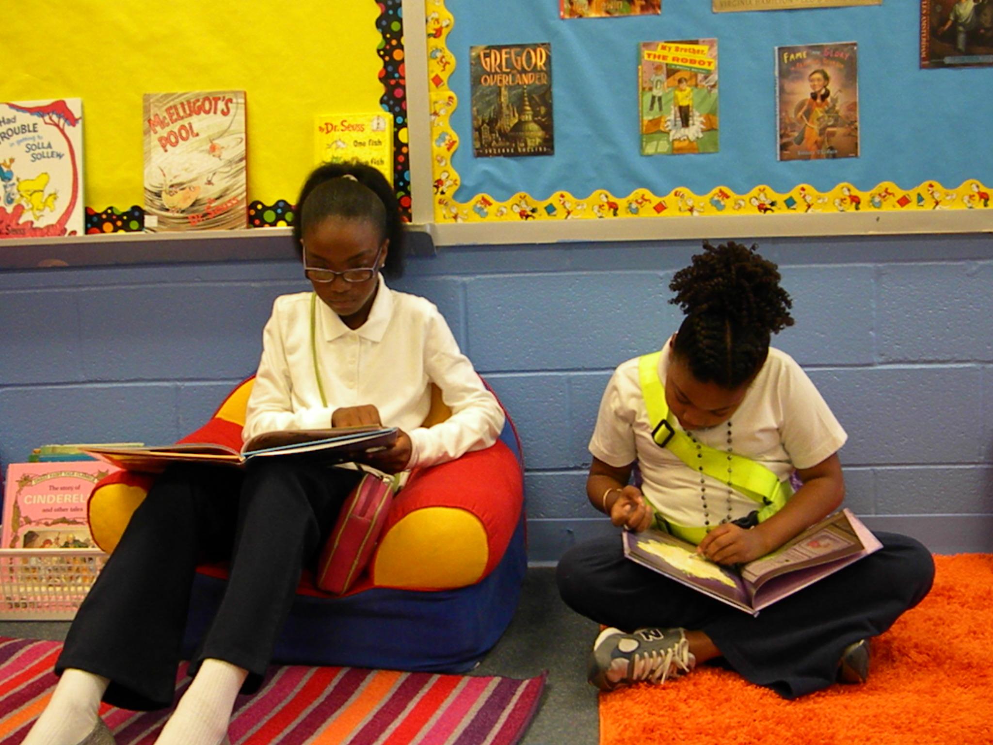 girls reading
