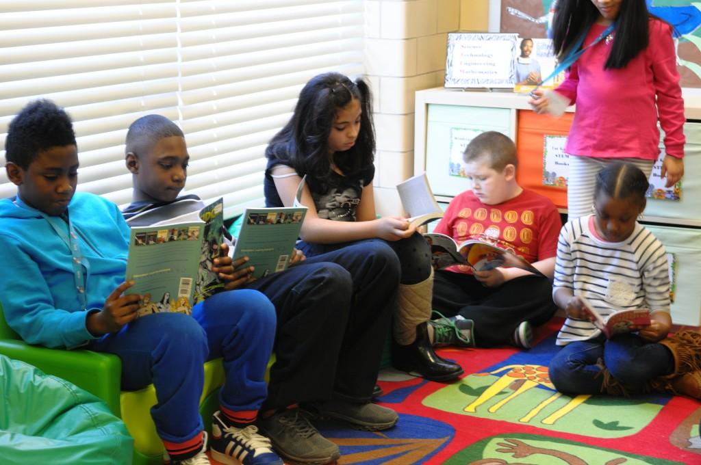 kids reading 2