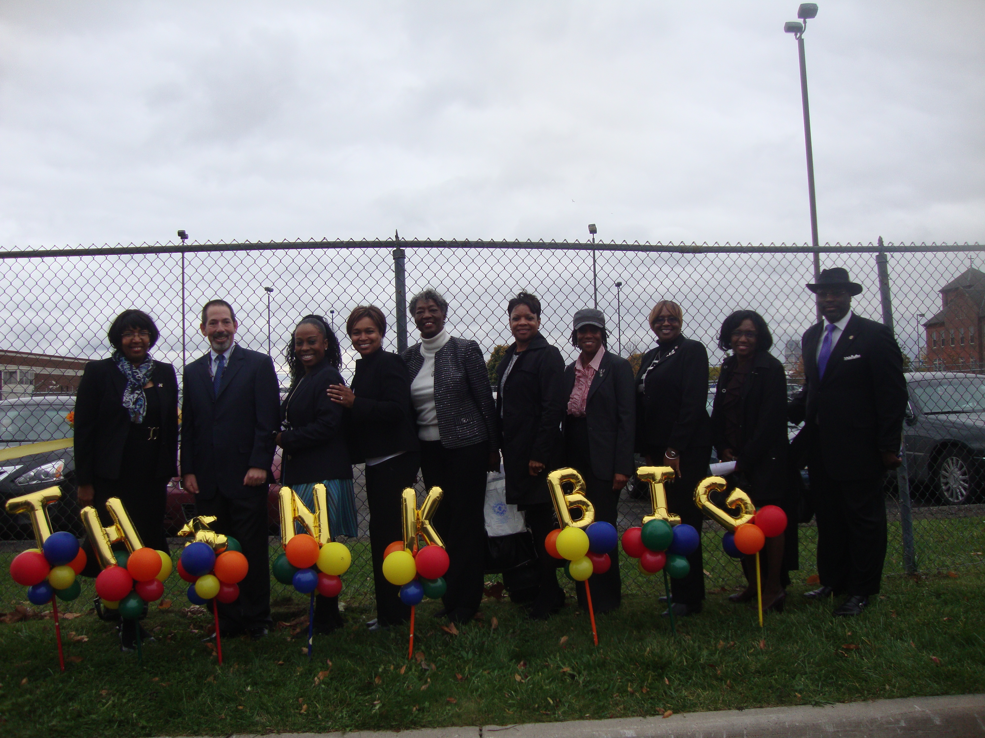 think big balloons