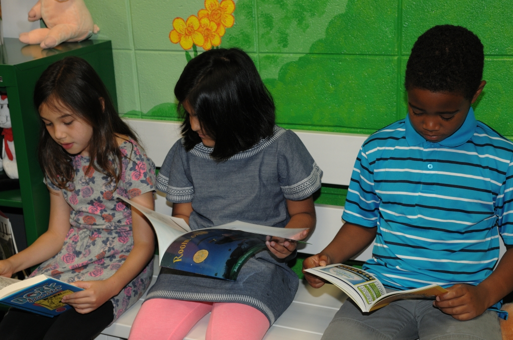 students-reading